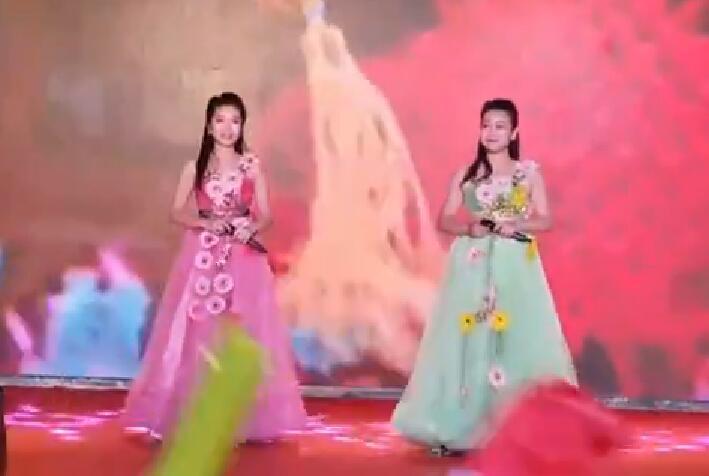 艺术团迎中秋庆国庆文艺演出节选