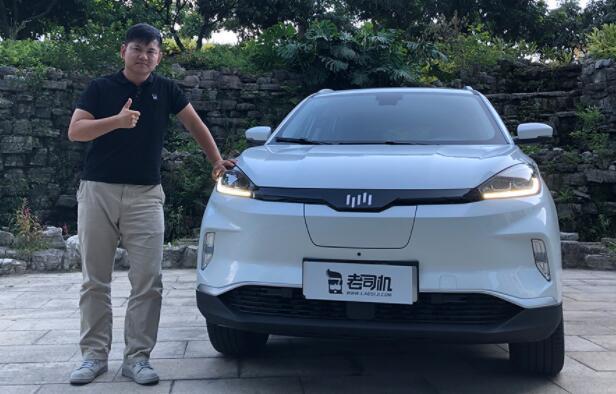 【老司机试车】13万的纯电动威马EX5-400值不值的买?