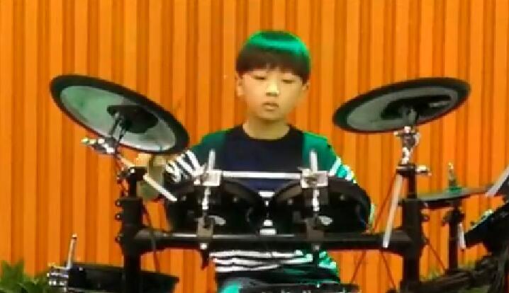 罗兰数字音乐学校生日晚会