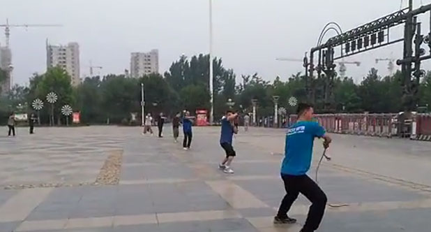 健身鞭团队