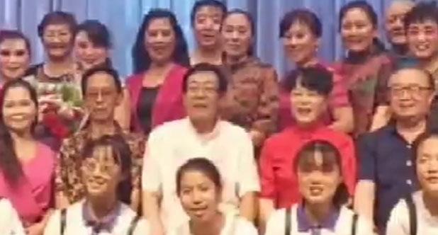 馨缘京剧社演出红灯记选段