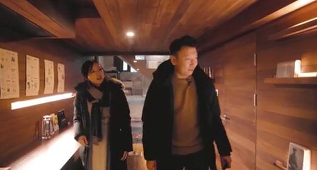 【城会玩】51-杭州:软妹子变身摇滚少女燥翻孟大爷!