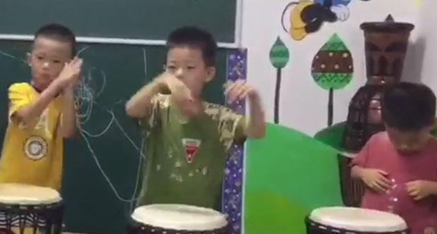 小小非洲鼓手