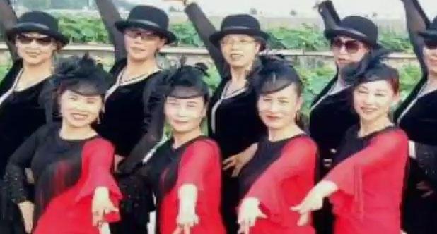 花语水兵舞慢四造型
