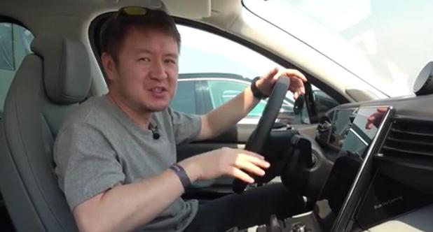【老司机试车】洪琦体验蔚来OS 2.0&NIO Pilot