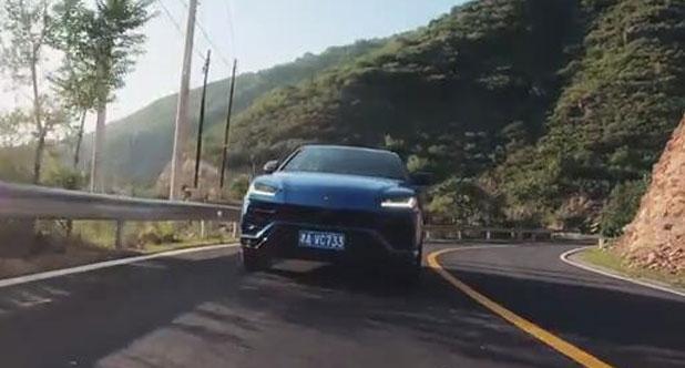 【老司机试车】基础售价290万的兰博基尼Urus,选装件同样很贵